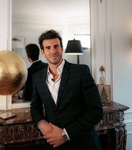 Le docteur Alexandre Koustomanis à Paris et Amiens